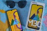 Ini lima ponsel dengan baterai jumbo untuk temani 'ngabuburit'