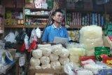 Harga gula pasir di pedagang Gunung Kidul berangsur normal