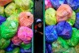 Distribusi bantuan Sembako jelang PSBB di Gowa