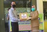 Bank Kalteng serahkan bantuan paket sembako kepada Pemkab Kobar