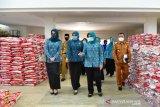 PKK Sulsel salurkan bantuan pangan untuk tiga kabupaten