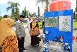 Solok terima bantuan wastafel dari Fakultas Teknik Unand, Wako: Akan diletakkan di Pasar Raya