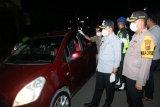 Aparat Polresta Jayapura tindak tegas oknum warga yang keluyuran malam