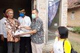 PT CPI salurkan 2 ton telur untuk warga terdampak COVID-19