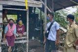 Ibu dua anak di Pesisir Selatan tak ingin meresahkan warga, pulang dari Jakarta langsung isolasi diri ke pondok ladang