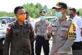 Kapolda Sulsel pantau pos pengamanan Ops Ketupat COVID-19 Polres Bantaeng