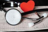 Dokter sebut tangan berkeringat dingin belum tentu gejala jantung