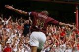Tiga gol Henry jadi salam perpisahan Arsenal dengan Highbury