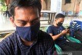 Sat Pol PP tindak tegas warga Aceh tak pakai masker, ditarik KTP-nya