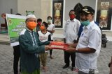 Kota Kupang bagikan ribuan makanan berbuka puasa ke masjid