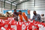 10.000 paket sembako bantuan Presiden Jokowi tiba di Kota Makassar