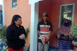 PDIP Kaltara berikan bantuan sembako pada penggali kubur