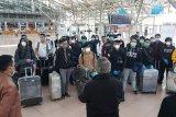 120 orang WNI kru kapal pesiar Jerman yang dipulangkan tiba di Indonesia, Jumat