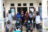 APSAI dan Forum Wartawan Anak Pekanbaru desinfektan di pemukiman padat