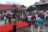 Pemerintah Kabupaten Minahasa beri bantuan pangan kepada mahasiswa asal Papua