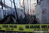 Kebakaran rumah padat penduduk di Makassar