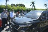 Bupati Sleman memantau kendaraan pemudik di perbatasan