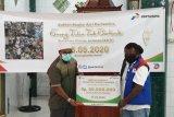 Pertamina berbagi santunan kepada anak yatim piatu di Kota Jayapura
