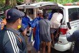 Dua pencari ikan yang hilang diterjang gelombang di Gua Manik Jepara ditemukan tewas