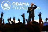 Obama:  penanganan Trump terhadap pandemi COVID-19 semrawut