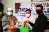 Anggota DPD RI bagikan puluhan paket bahan pokok untuk penceramah