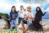 Om Apip merilis album