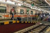 Sembilan penumpang memanfaatkan operasional KLB dari Yogyakarta