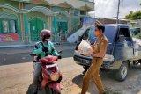Bandarlampung salurkan 1.500 paket sembako ke ojek online