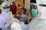 Cara aman imunisasi saat pandemi COVID-19