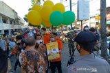 Perusahaan swasta bantu pedagang di Solo tetap berjualan