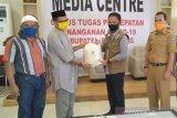 PGRI bantu tiga ton beras untuk Penanganan COVID-19 di Bantaeng