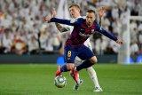 Arthur  tak mau tinggalkan Barcelona karena tak ada bandingannya