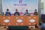 Suami istri dirawat  di  RSUD Muara Teweh karena  reaktif
