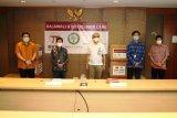 Rockcheck Group dan Rajawali Corpora salurkan bantuan satu juta masker
