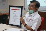 MMKI donasi 9.000 masker N95 kepada PMI