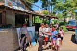 Bagikan masker warnai Binluh Operasi Satgas Aman Nusa Polda Sulut