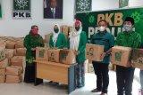 PKB Riau bagikan 5.000 paket sembako belogo Cak Imin