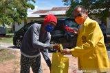 120 KK penyintas gempa Palu terima sembako dari Iluni UI