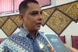Legislator sayangkan warga berkerumun di kantor Pos Padang saat penerapan PSBB