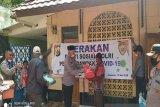 Kapolda Papua serahkan bantuan ke komunitas Muslim Wamena di Jayapura