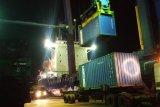 Aktivitas pelabuhan di Pelindo IV tetap berlangsung secara produktif