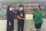 Persit bantu sembako di panti asuhan di Temanggung