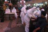 Pasar tradisional di Surabaya jadi target utama rapid test massal COVID-19
