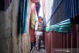 Wagub Sulsel Andi Sudirman susuri lorong pastikan kondisi warga terdampak COVID-19