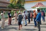 Disnaker Lampung edukasi dan terima kepulangan 13 PMI non prosedural