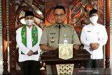 Anies: Tunda keberangkatan jika tidak ada surat izin ke luar-masuk Jakarta