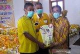 Golkar Jawa Tengah bantu 27.500 paket sembako warga  terdampak COVID-19