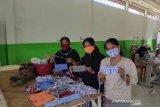 Penuhi kebutuhan masker, Dinas Koperasi dan UMKM Padang berdayakan pelaku usaha mikro
