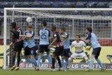 Gladbach ke tiga besar usai bekap Frankfurt 3-1