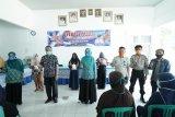 Pemkab Pesisir Barat gelar operasi pasar di Kecamatan Pesisir Tengah